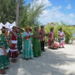 Polynesian singer/dancers